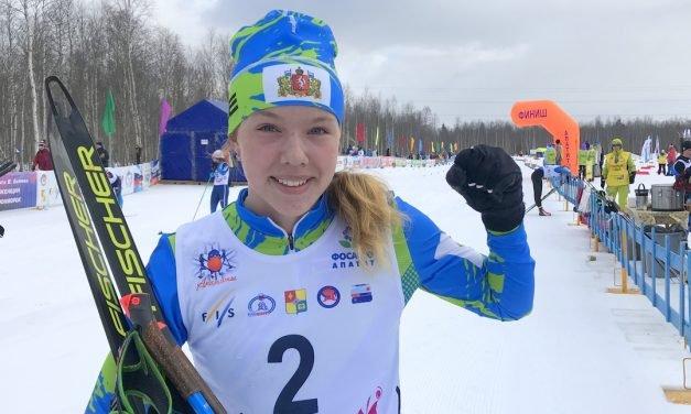 ПОЗДРАВЛЯЕМ ПОБЕДИТЕЛЬНИЦУ Первенства России по лыжным гонкам среди юниорок 19-20 лет