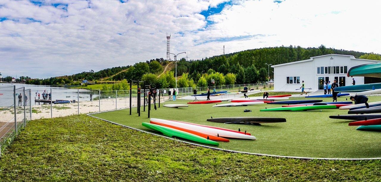 Спортивное сооружение «Эллинг с встроенными вспомогательными помещениями и спортзалом»